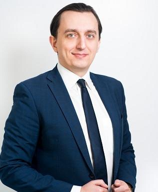Денис Цветов — руководитель компании